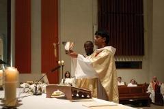 Première-messe-solennelle-Thomas-Gomes-018